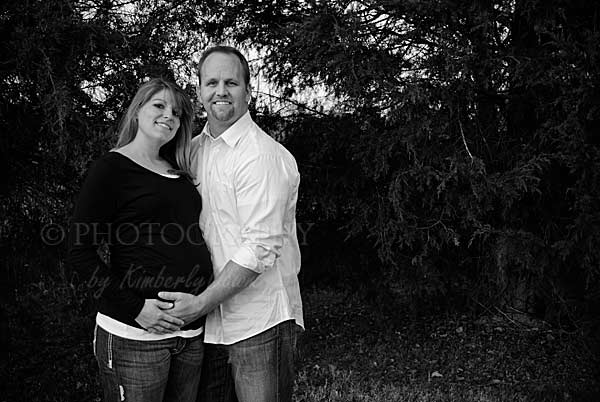 bb maternity picture black and white